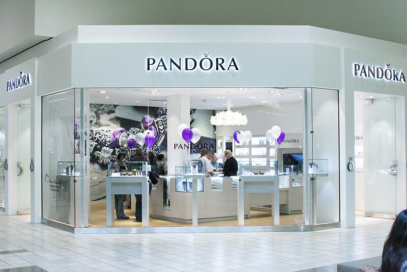 Pandora jewellery retail store shopfitting