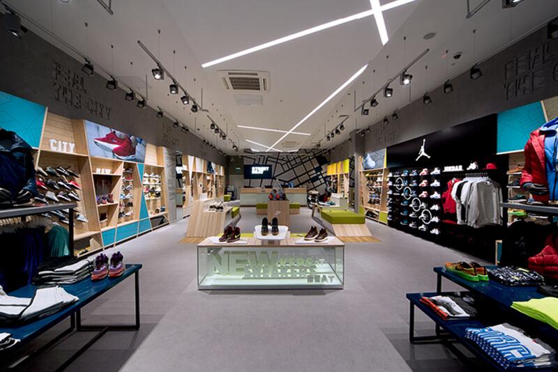 Street Beat sport fashion retail store design