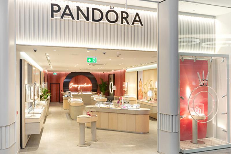 Pandora new concept store fit-out